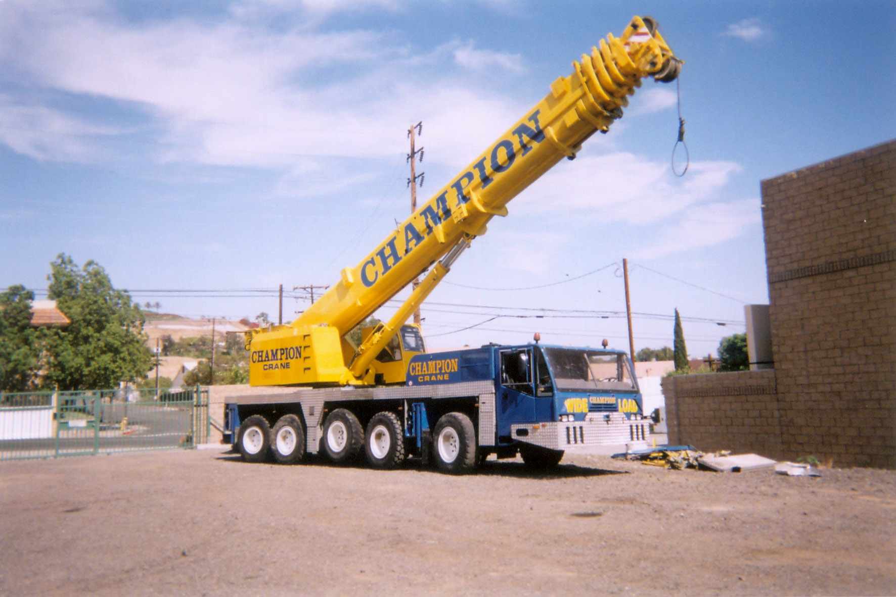 "Crane Almost Misses Starring Role in Terminator 3 ""Machines"" Movie!"