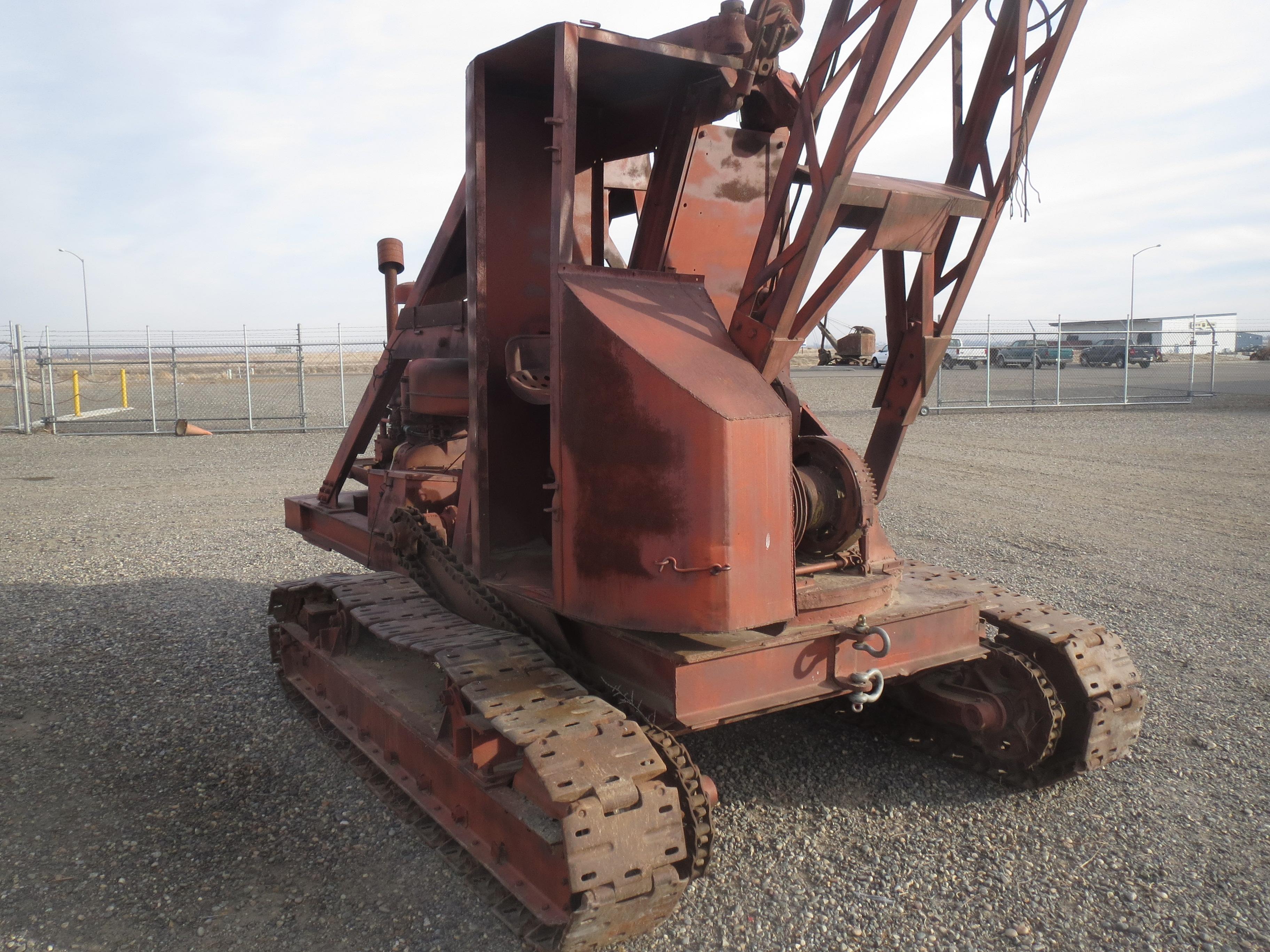 WHECO Richland: Antique Crane